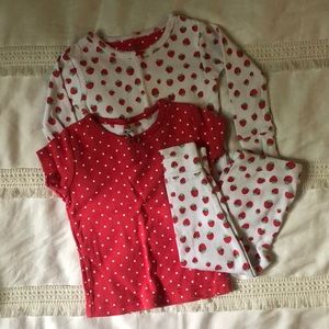 Other - Carters 3 piece pajamas strawberry design 🍓